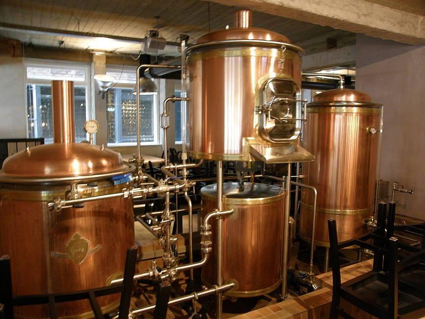 De Bierfabriek brouwt haar eigen bier en heeft een proeflokaal