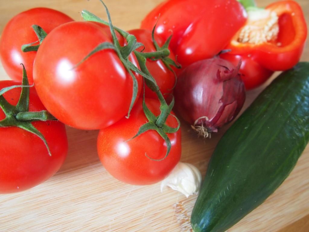 Recept gazpacho met tomaat, paprika en komkommer zonder brood