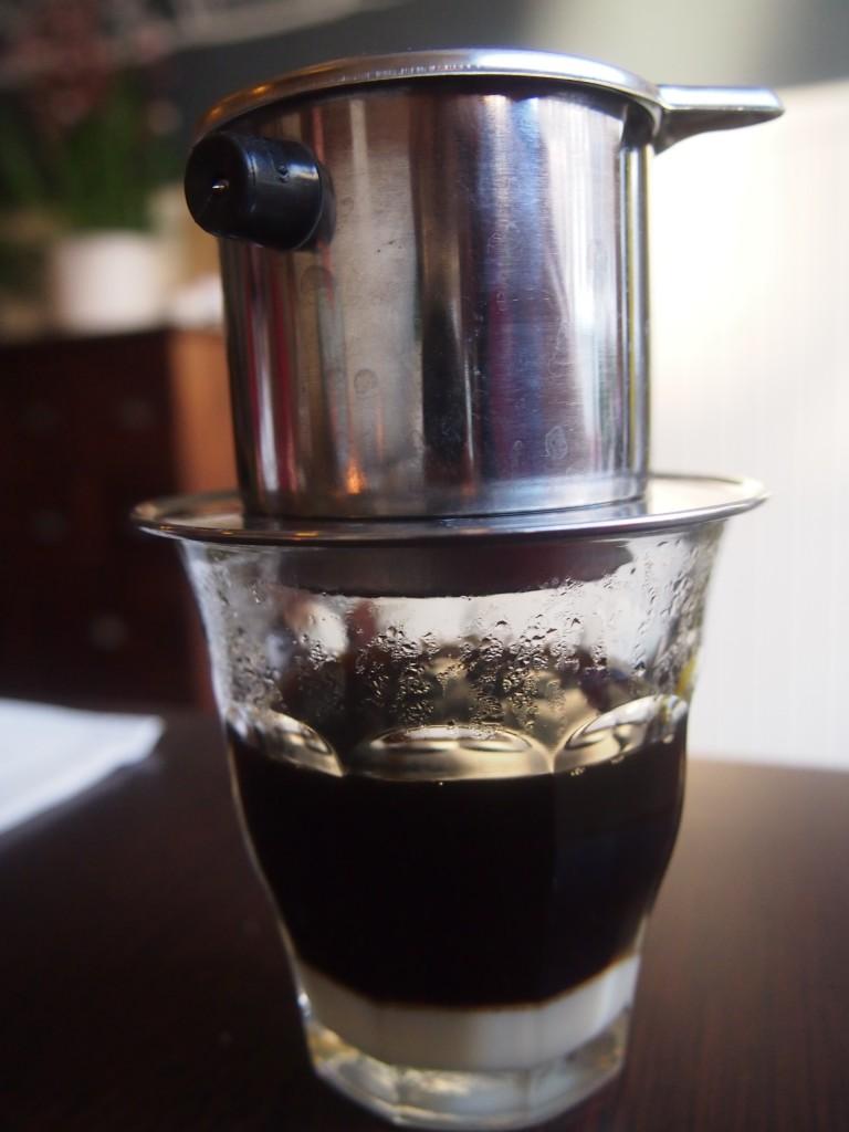 Vietnamese koffie bij restaurant Pho 91 in De Pijp Amsterdam