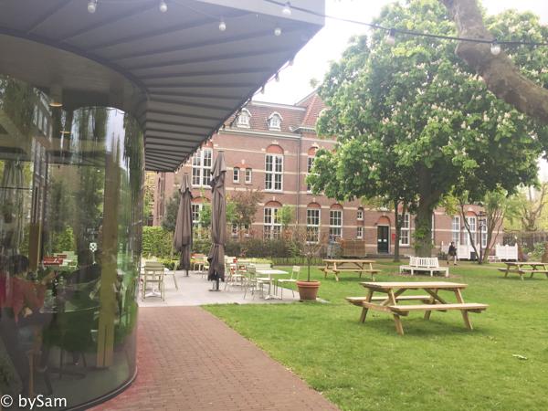 Dignita Hoftuin terras Amsterdam centrum