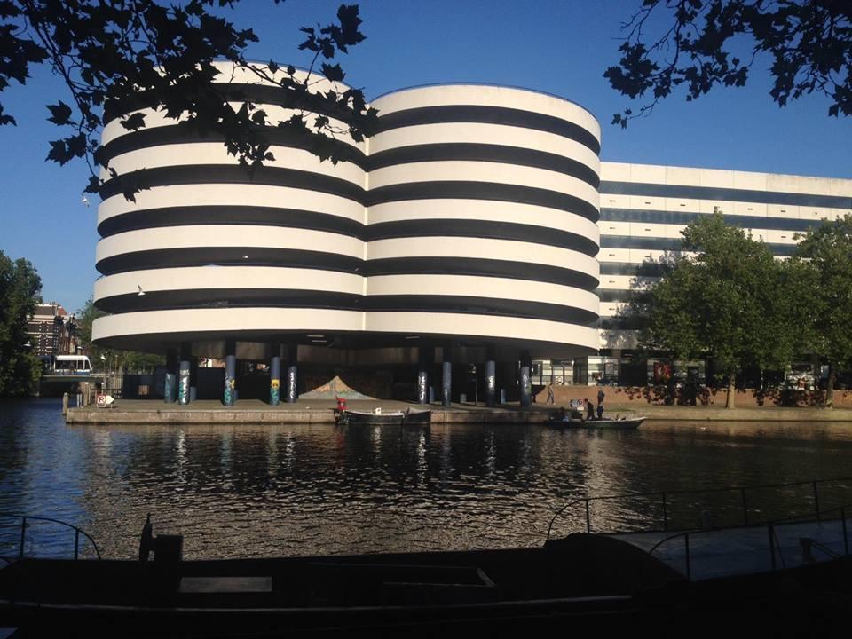 Waterkant Amsterdam nieuw restaurant aan de Marnixstraat