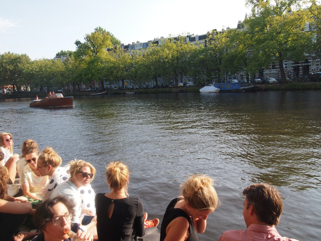 Terras Waterkant Amsterdam nieuw restaurant cafe bar