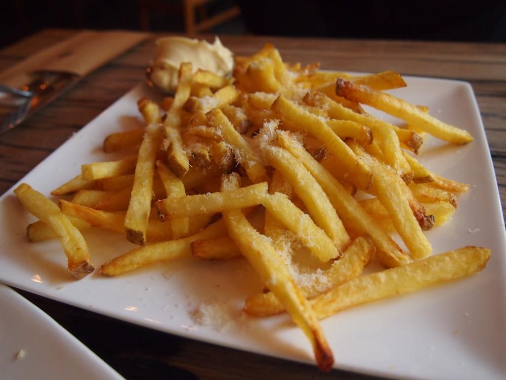 Thrill Grill vers huisgemaakt friet pata
