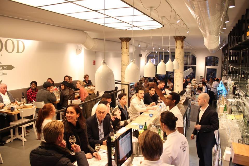 The seafood bar amsterdam 2 vandaag geopend for Seafood bar van baerlestraat