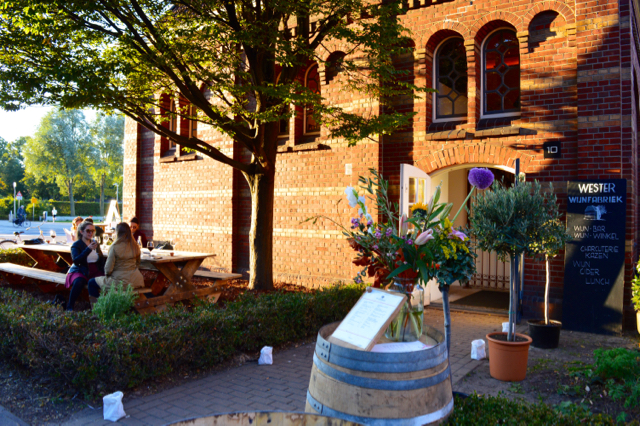 Wester Wijnfabriek terras