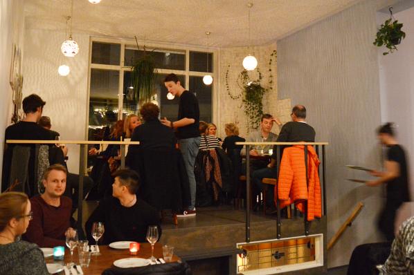 meneer-de-wit-heeft-honger-amsterdam-restaurant-bar