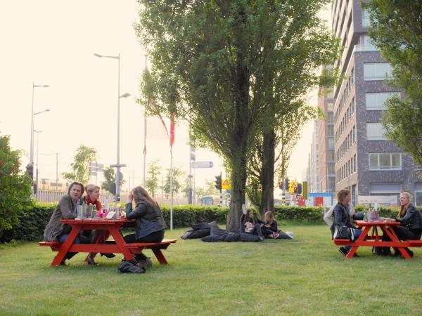 Happyhappyjoyjoy East Amsterdam nieuw oost