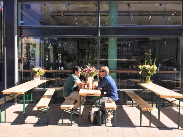 Amsterdam Oost Visbar Beet Dapperstraat