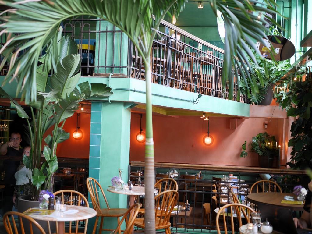 Bar Botanique Amsterdam Oost hotspot nieuw restaurant