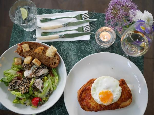 Bar Botanique restaurant Oost Amsterdam lunch