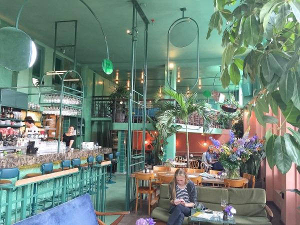restaurant-oost-amsterdam-bar-botanique