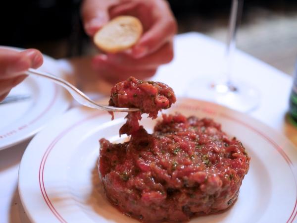 steak-tartare-ron-gastrobar-paris