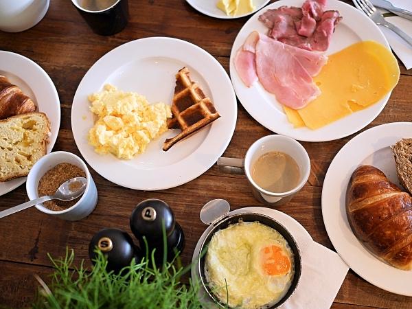 hotel-blooming-bergen-breakfast