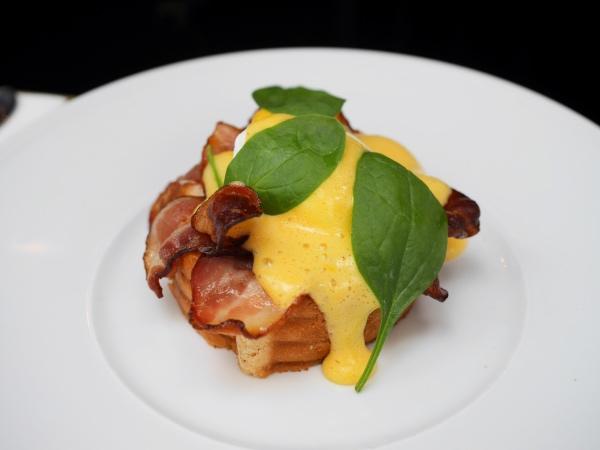 brooks-amsterdam-eggs-benedict