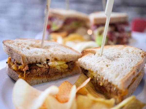 clubkoffie-clubsandwich-amsterdam-oost
