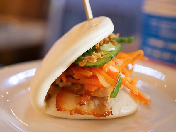 district-a-vietnamees-restaurant-bun