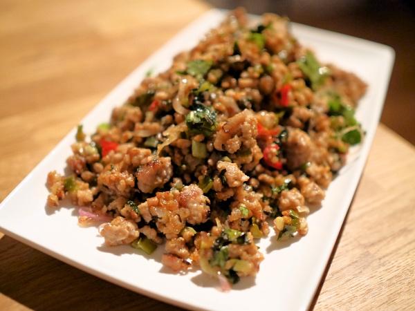Larb moe recept Thais