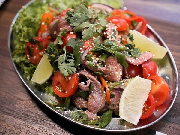 The Butcher Social Club Amsterdam beef salad