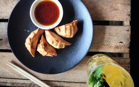 Bar Sue Asian bites en dishes walhalla in Oost