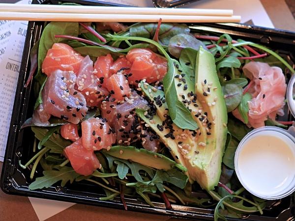 Stach Food Amsterdam sushi salad