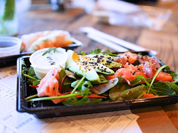 stach-food-amsterdam-west-sushi-salade