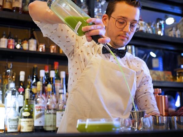 Rosalia's Menagerie cocktailbar Amsterdam wallen