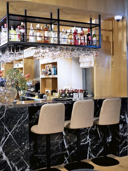 Royal98 bar restaurant Amsterdam