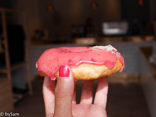 PEEJAYS doughnuts Amsterdam donut