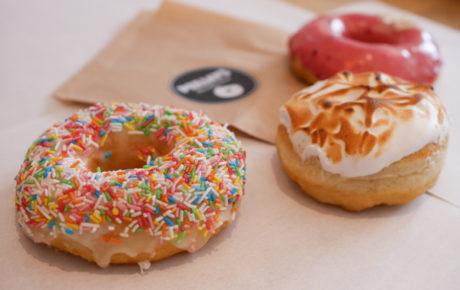 PEEJAYS doughnuts de plek om verse doughnuts te scoren