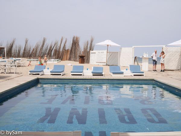 Bernie's Beach Club zwembad