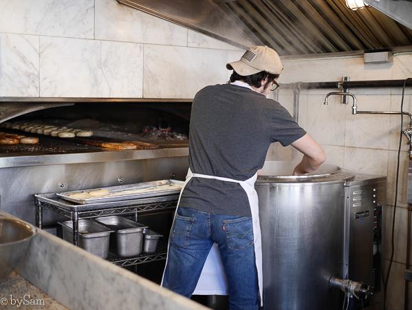 Black Seed Bagels bakery