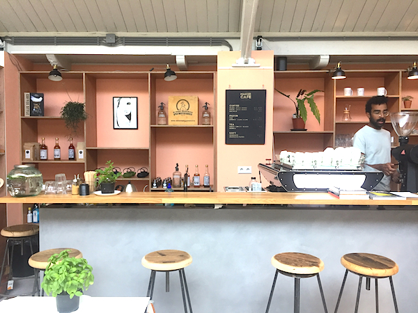 The Maker Cafe Amsterdam de Hallen