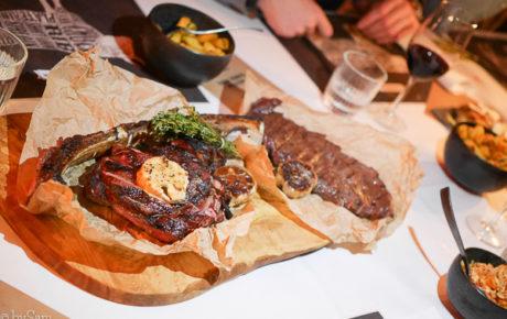 The Beefsteak Club is bijna af, maar ik mocht alvast proeven van hun gerechten