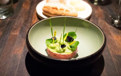 Must try: 8-gangen aspergemenu bij restaurant Envy