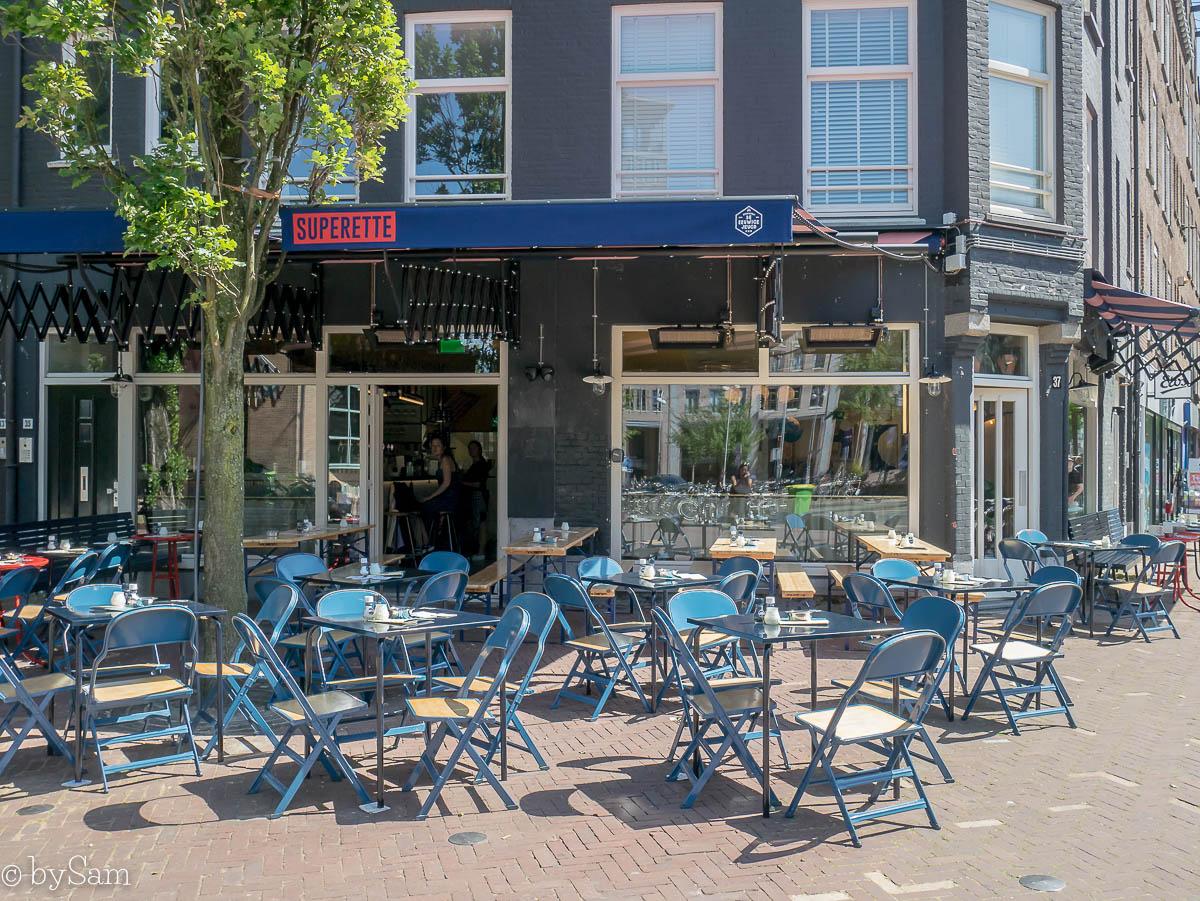 Superette Amsterdam Oost terras