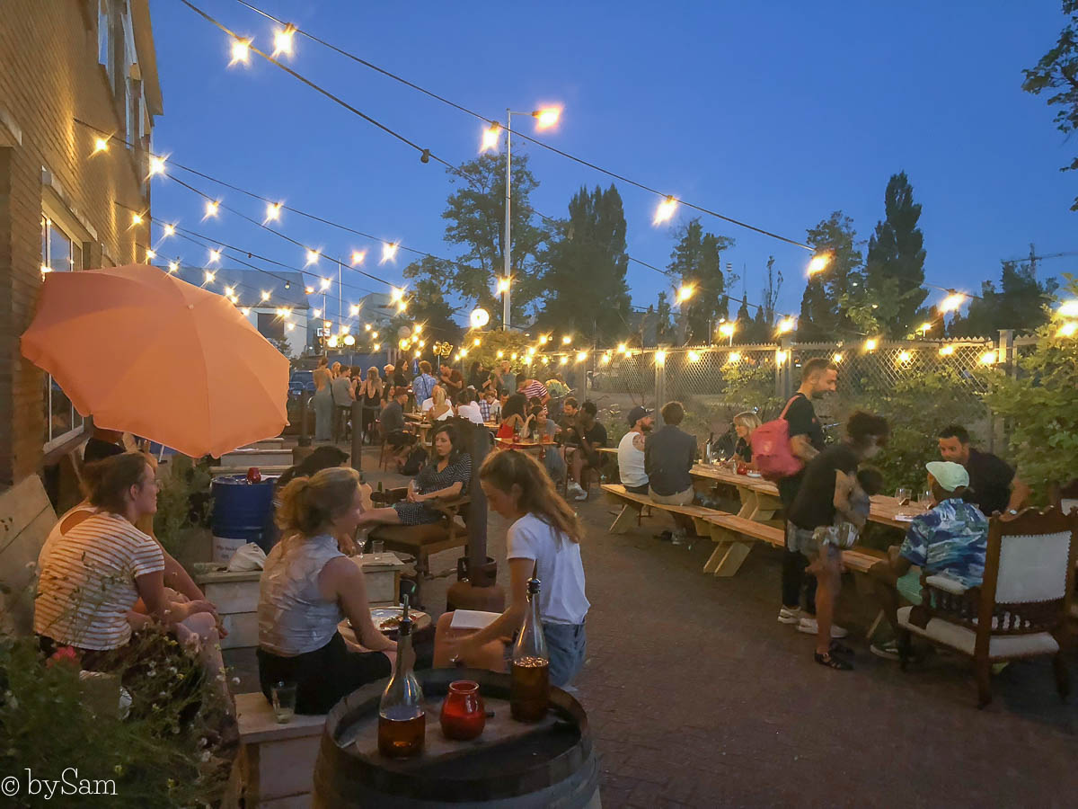 Klaproos cafe restaurant Amsterdam Noord