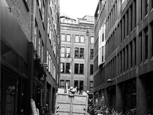 Graphite Amsterdam speakeasy restaurant