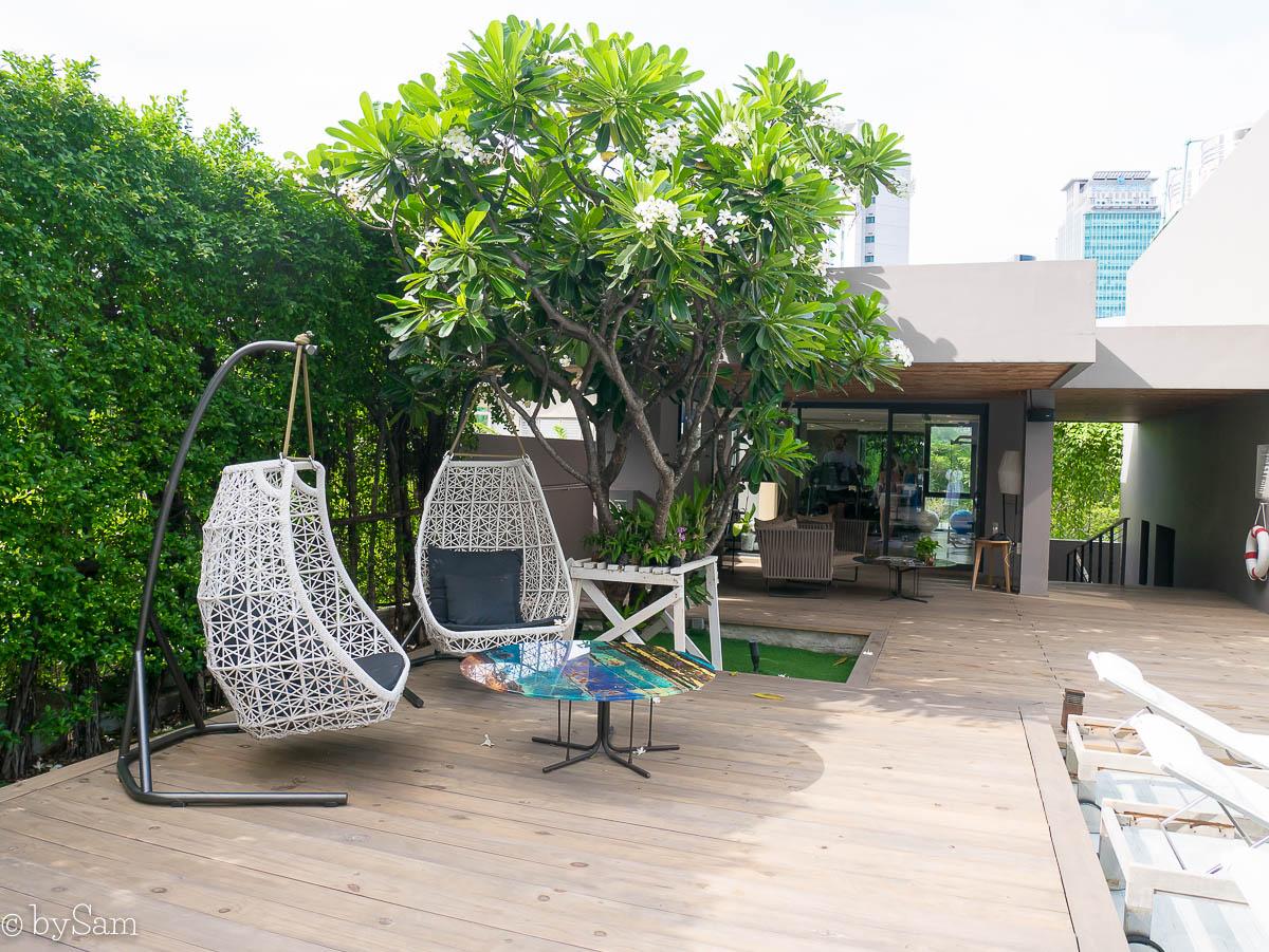 Hotel Ad Lib Bangkok pool terrace